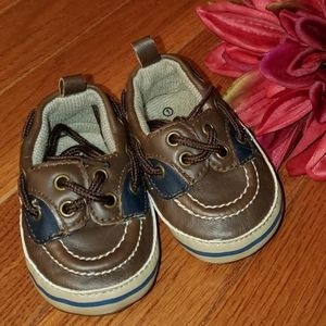 Like New Condition Infant Boat Shoes Size 1